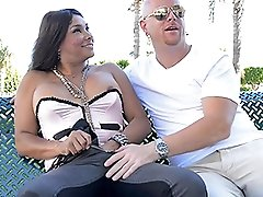 Vaniity gets sucked in public