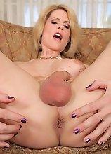 Www.big boobs beach pic