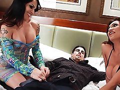 Dirty Foxxy in a crazy threesome